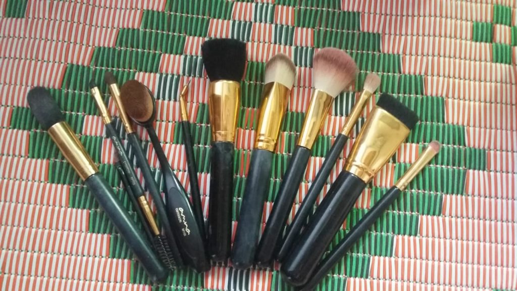 beautify by amna all 10 brush set