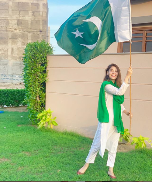 Hina Altaf, Pakistani celebrity on independence day of pakistan