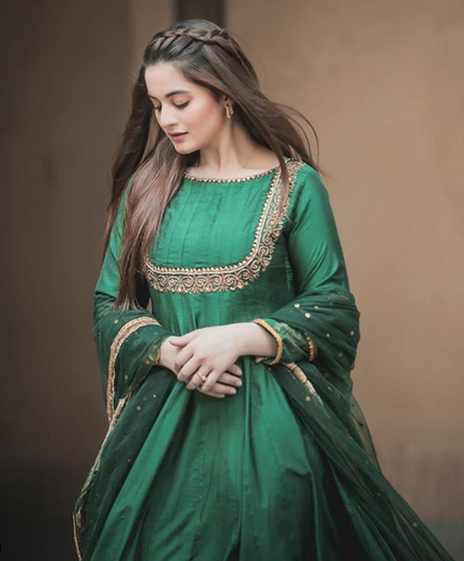 AIMAN KHAN EID DRESS