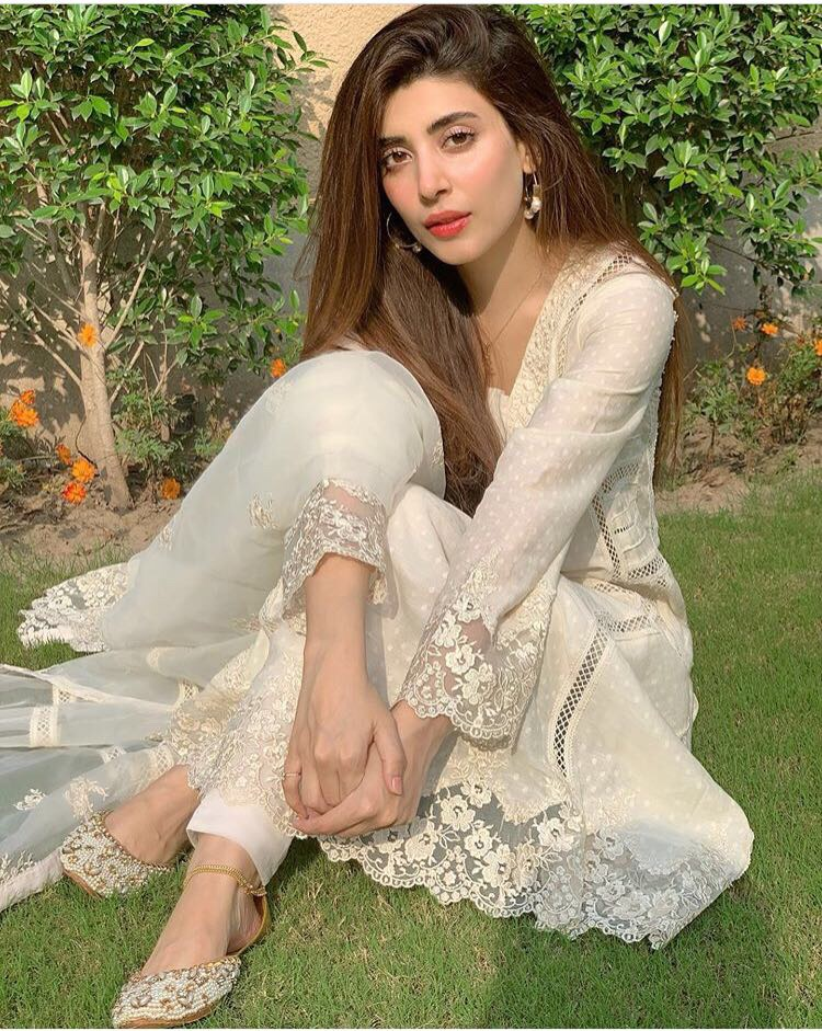 urwa hussain. pakistani celebrities eid-ul-adha looks